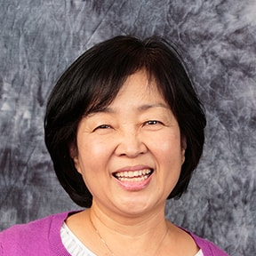 Portrait Image of Ms. Lee
